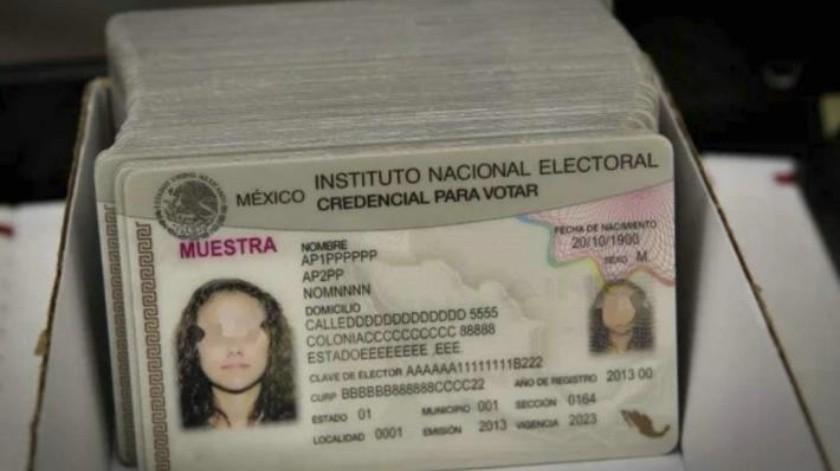 ¿Incluirá INE origen étnico en nuevas credenciales de elector?