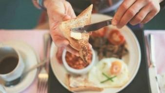 Desayunos con alto contenido energético ayudan a bajar de peso