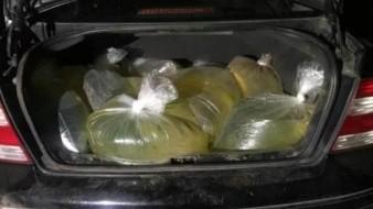 Puebla: Llevaban litros de combustible en 20 bolsas de plástico; los detienen