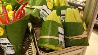 ¡No sólo para tamales! Hojas de plátano reemplazan bolsas de plástico en Tailandia