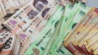 Registra el peso avance frente al dólar
