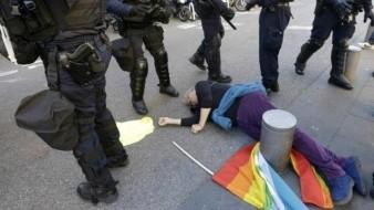 Activista de la tercera edad resulta herida en protestas francesas; investigan caso