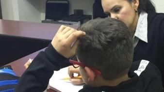 Ayudan a niños repatriados de EU con plan bilingüe