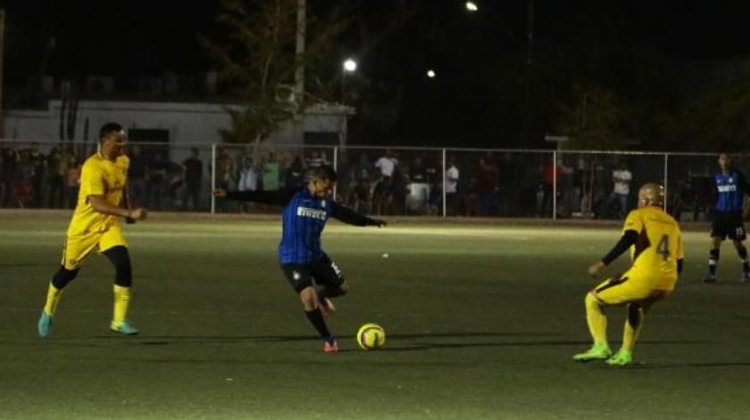 5 H Ingeniería se impone a Innova FC para su séptimo triunfo en la Liga de Veteranos