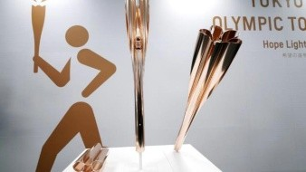 Organizadores de los Juegos Olímpicos de Tokio 2020 presentan la antorcha olímpica