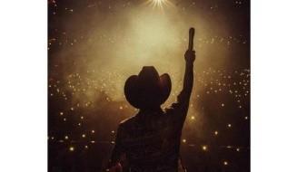 Inicia Christian Nodal su gira 'Ahora' con gran éxito