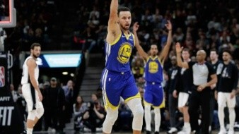 VIDEO: ¡Proyectil!, la poderosa canasta de Stephen Curry
