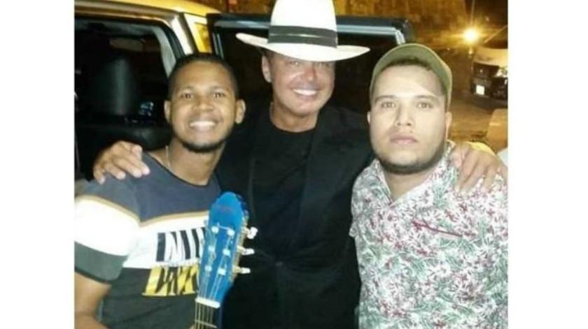 Dan la bienvenida raperos a Luis Miguel en Cartagena
