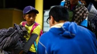 Regresan a 240 migrantes centroamericanos por El Chaparral