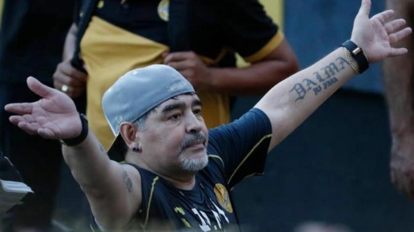 Tras 33 años, así regresa Diego Maradona al estadio de Pumas