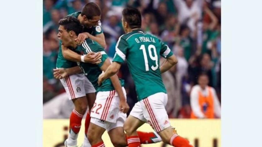 """Raúl Jiménez podría alcanzar la marca del """"Chicharito"""""""