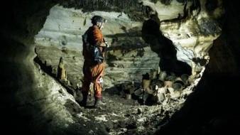 FOTOS: ¡Historia pura!, hallan cueva con 200 recipientes mayas en Chichén Itzá