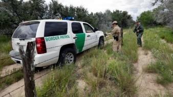 Con helicóptero, salvan a 4 niños tras fatal accidente en Arizona; mueren 3 adultos