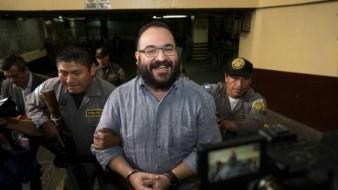 Con 180 mil pesos al mes, Javier Duarte asegura que su familia vive
