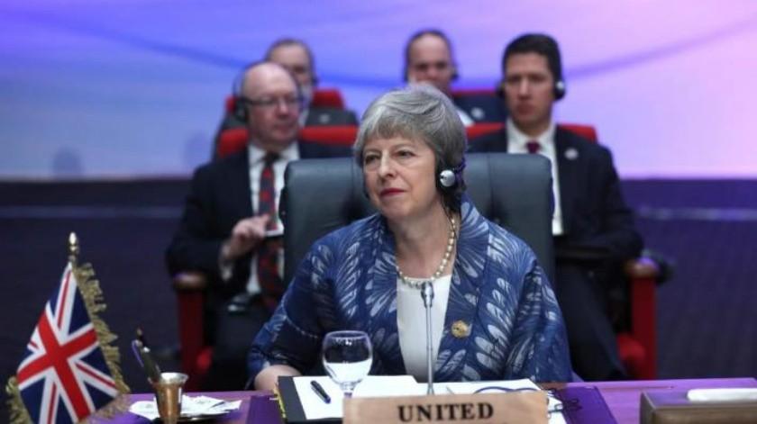 Ministra británica Theresa May retrasa votación sobre el Brexit para el 12 de marzo