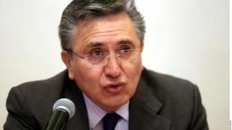 Bajan casi 50% el sueldo a presidente de la CNDH
