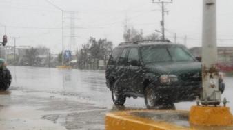 Video: Registran caída de aguanieve en La Rumorosa