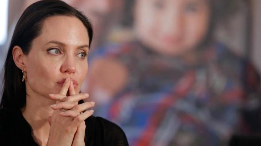 Molesta a Angelina Jolie encuentro entre Brad Pitt y Jennifer Aniston