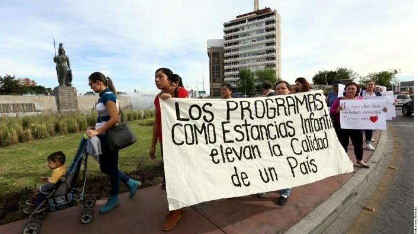 Protestan en 5 estados por recorte en estancias infantiles