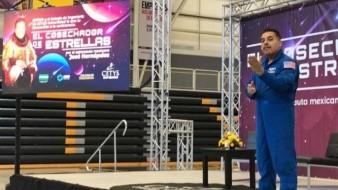 Motiva astronauta mexicano a estudiantes a cumplir sus sueños