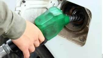Pemex detectó que gasolineras traficaban millones de litros donados: MCCI