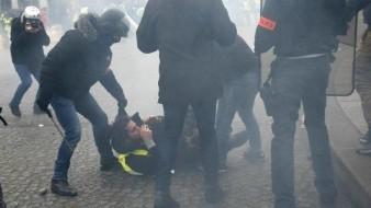 Las calles de París continúan pobladas con