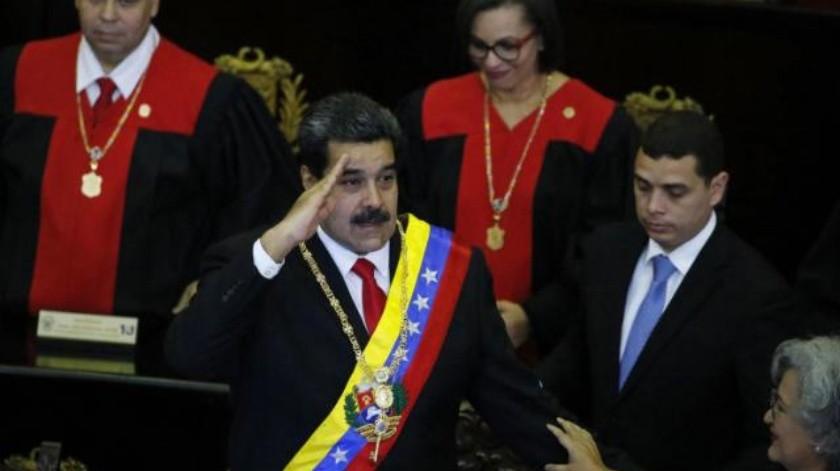 Acusa Maduro 'golpe' a EU