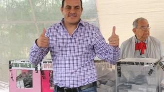 Ayuda en su ''reconciliación'' Ricardo Monreal a Cuauhtémoc Blanco