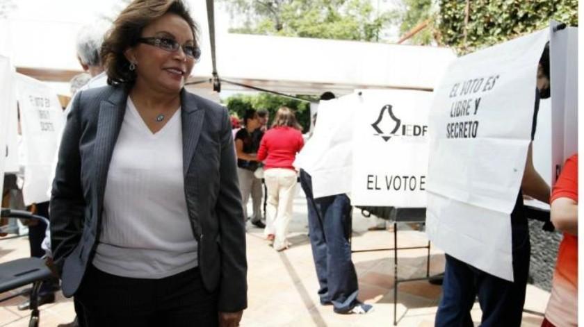 ''Del seno'' familiar de Elba Esther Gordillo, alistan nuevo partido político