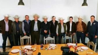 Héctor Platt sostiene encuentro con ex presidentes de la UGRS