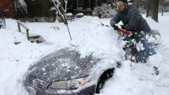 Potente tormenta invernal provoca 5 muertes en Kansas y Missouri