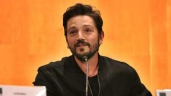 Diego Luna presenta 'Hasta los dientes' ante la Cámara de Diputados