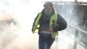 Buscan manifestantes parisinos desatar pánico bancario