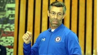 Pedro Caixinha está molesto con sus jugadores