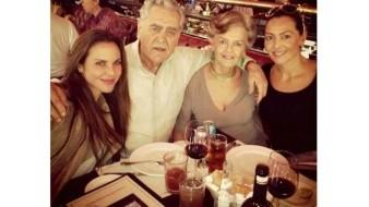 Celebran padres de Kate del Castillo 50 años de casados