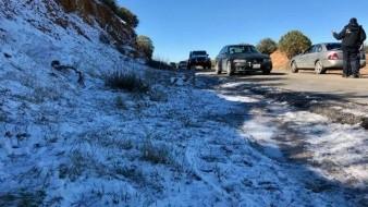 Disfrutan de la nieve en la Rumorosa familias de BC y Sinaloa