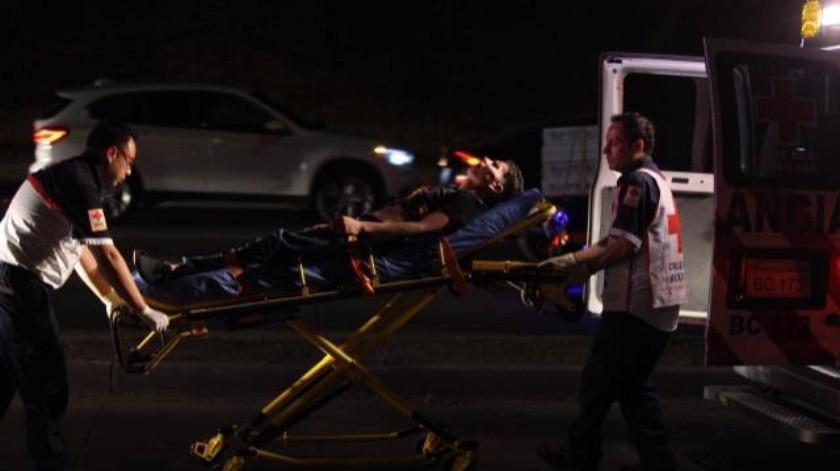 Accidente vehicular en Vía Rápida Poniente a la altura de la colonia Anexa 20 de Noviembre