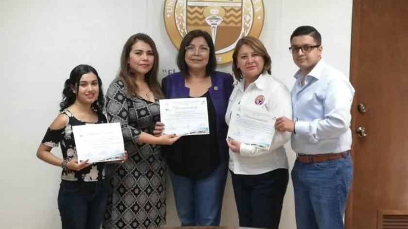 Navojoa se trae dos premios de Congreso Nacional de Químicos
