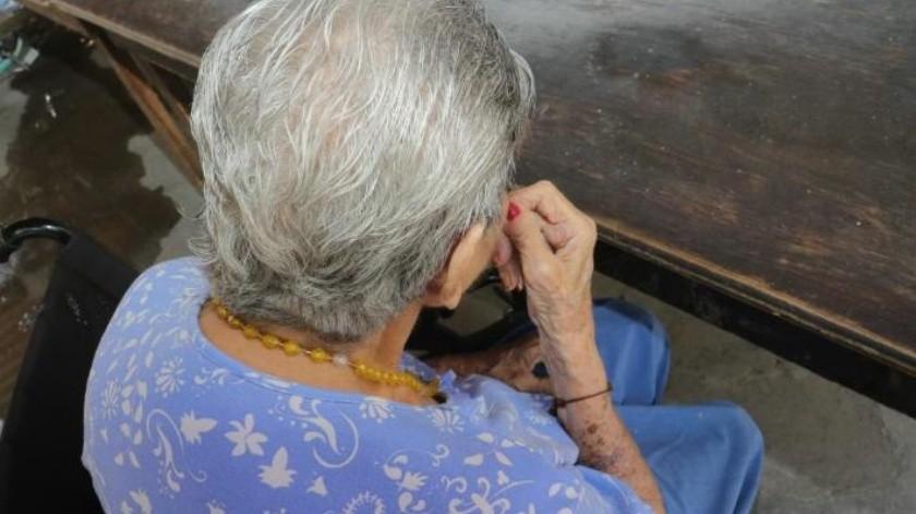 Sí se puede envejecer exitosamente: Geriatra