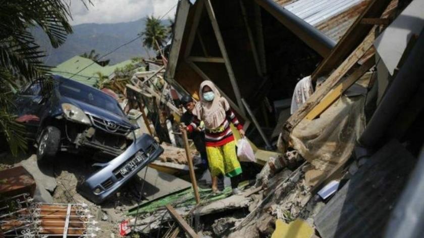 Aumenta a más mil 200 el número de muertos en Indonesia tras terremoto y tsunami