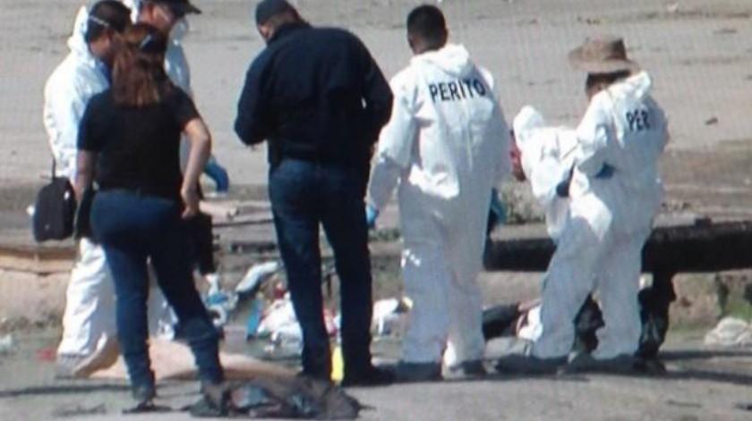 Encuentran cadáver envuelto en plástico en canalización del Río Tijuana