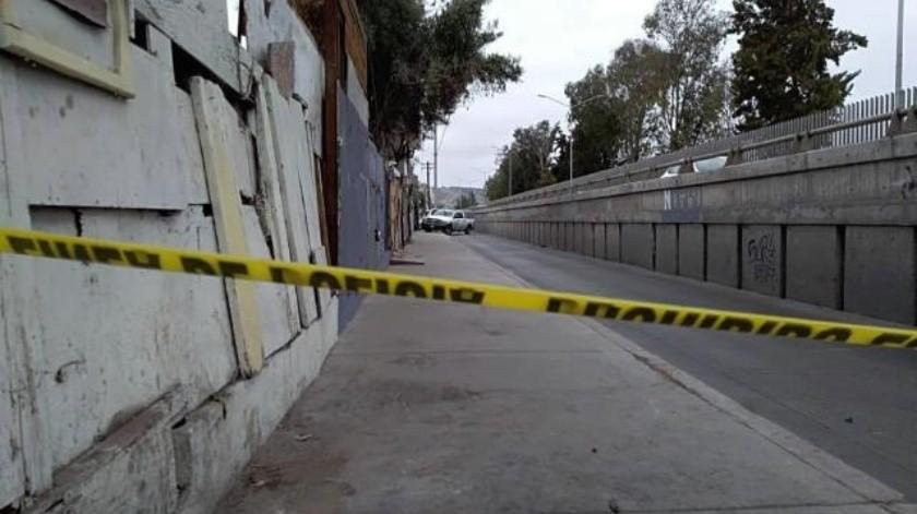 Localizan cadáver con huellas de violencia en la avenida Internacional de Tijuana