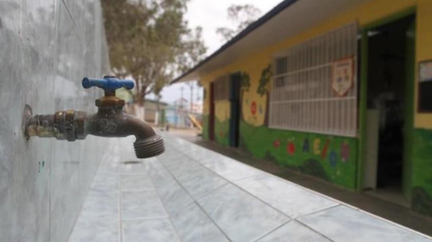 Modifica 'megacorte' la rutina en escuelas
