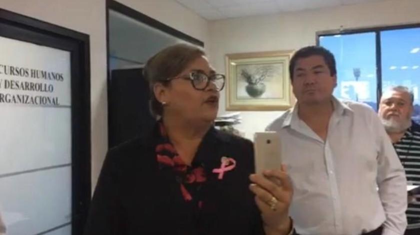 Empleados cesados intentan abrir oficinas del Congreso