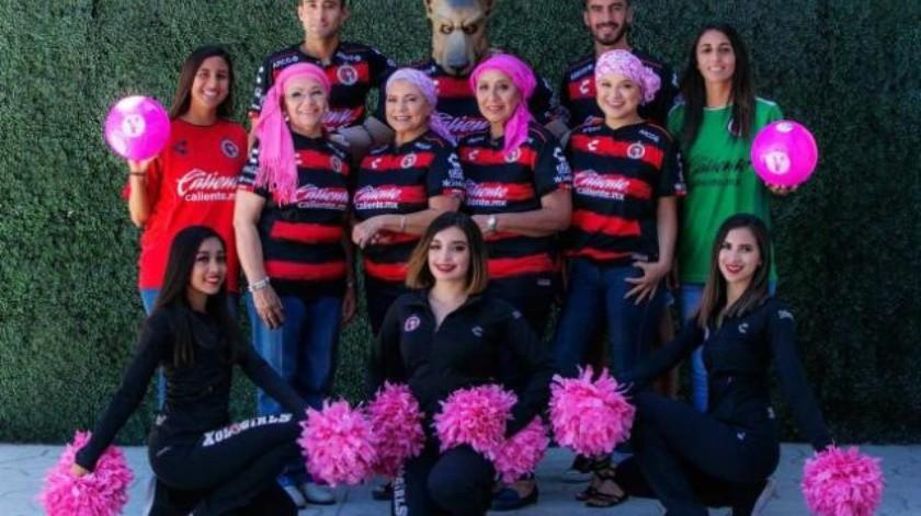 Promueve Xolos campaña contra cáncer de mama 'Tócate'