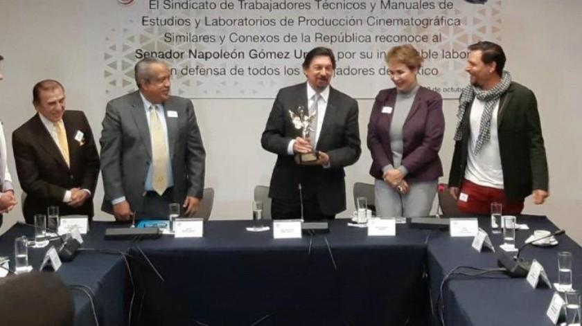 Destaparon a Napoleón Gómez Urrutia como candidato a presidir el Congreso del Trabajo