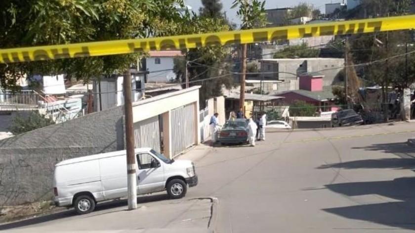 Localizan cabeza cercenada dentro de vehículo en Camino Verde de Tijuana