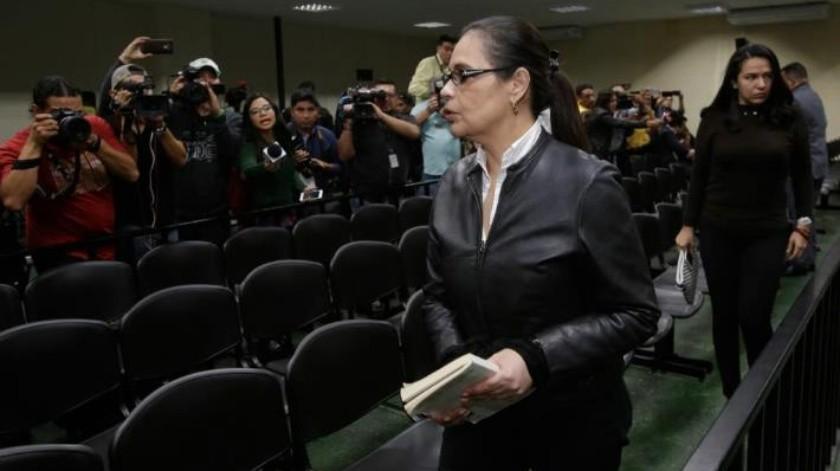 Dan 15 años de prisión a ex vicepresidenta de Guatemala por corrupción