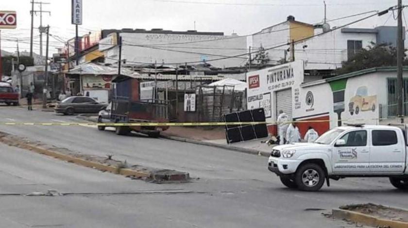 Localizan a hombre sin vida en Libramiento Esmeralda de Ensenada