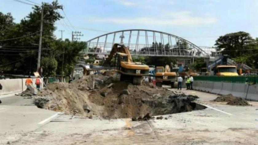 SCT es responsable del socavón en el Paso Exprés de Cuernavaca: CNDH
